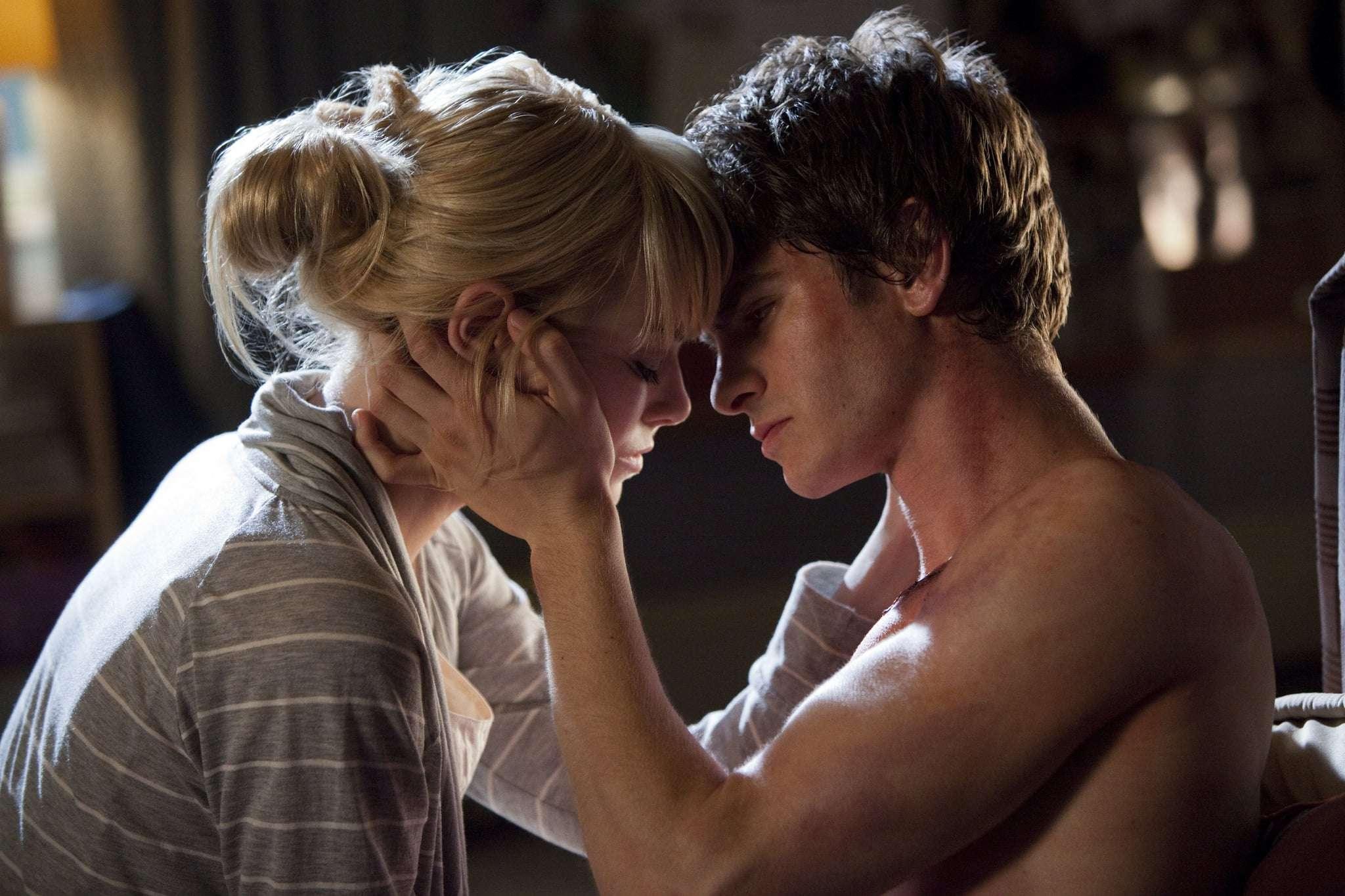 Emma-Stone-Andrew-Garfield-Amazing-Spider-Man