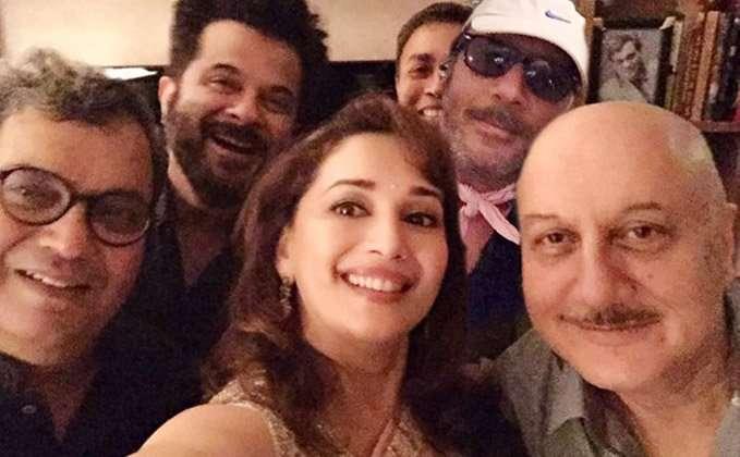 reunion-of-the-team-of-ram-lakhan-at-subhash-ghais-house-f1-1.jpg